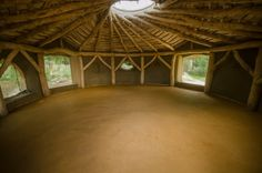 Earth floor in straw bale roundhouse Eco Buildings, Great Buildings And Structures, Sustainable Architecture, Sustainable Design, Residential Architecture, Contemporary Architecture, Dumfries House, Eco Friendly Flooring, Earth Bag Homes