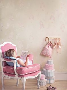 Abracazoo von Little Sanderson. Eine zauberhafte Tapeten- und Stoffkollektion voller Lebendigkeit und Lebensfreude.