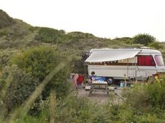 De Laakens - Holland - Campen in den Dünen(Camping Hacks Beauty) Camping Tours, Rv Camping, Campsite, Camping Hacks, Camping Holland, Strand Camping, Weekend Camping Trip, Bus Travel, Camping Activities