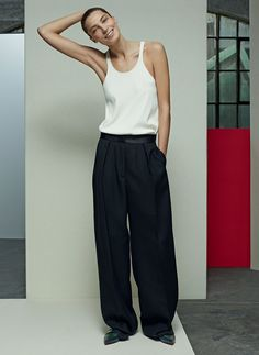 According to Vogue girls, the reign of the skinny pant could be coming to an end.
