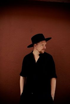 SOHN - Tickets - Union Transfer - Philadelphia, PA, March 29, 2017 | Ticketfly - http://ehood.us/4he   SOHN / William Doyle (aka East India Youth) at Union Transfer UT Newsletter: http://ticketf.ly/1RqX4bJ Facebook Event Feed: http://on.fb.me/1Xjri0B SOHN SOHN has returned with a new single, 'Signal', and details of live shows in September. 'Signal' is SOHN's first release since his celebrated debut album Tremors in 2014. Written and recorded in Vienna, London and