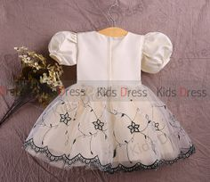 A-line Scoop Short Sleeves Tulle Flower Girl Dress With Embroidery