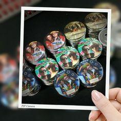 Chapas con abrebotellas personalizadas con fotos para celebraciones especiales. #Abrebotellas