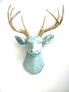 Faux Taxidermy Deer Head Deerman the Deer Head wall hanging wall mount in light gray-green with gold antlers on Etsy, 69,96 €