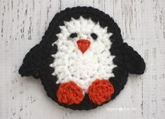 Here is Day 16 of my 26 Days of Crochet Animal Alphabet Appliques!P is for Penguin This plump...