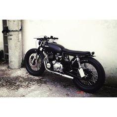 "@caferacertimes's photo: ""CB400four #caferacer #scrambler #honda #custom #motorcycle #caferacertimes"""