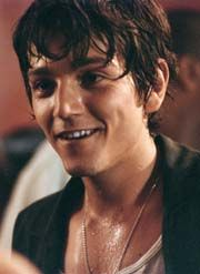 Diego Luna Those dimples <33
