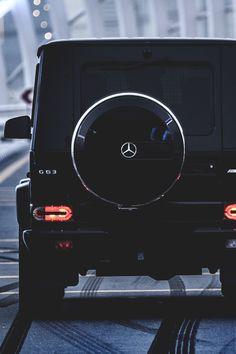 If it ain't Mercedes then it got to go. Mercedes Girl, Mercedes G Wagon, Mercedes Benz G Class, Mercedes Benz Cars, Luxury Sports Cars, Best Luxury Cars, Sport Cars, Mercedes Benz Wallpaper, G 63 Amg