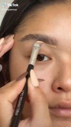 Maquillage On Fleek, Maquillage Black, Natural Everyday Makeup, Natural Makeup, Dark Skin Makeup, Makeup For Hooded Eyelids, No Make Up Make Up Look, Makeup Looks Tutorial, Makeup Makeover