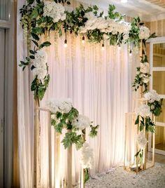 Wedding Backdrop Design, Wedding Stage Design, Reception Backdrop, Diy Backdrop, Backdrop Decorations, Backdrops, Luxury Wedding Decor, Home Wedding Decorations, Engagement Decorations