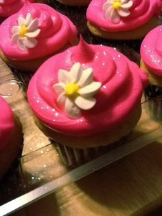 Sweety Cupcakes by CreamCakery