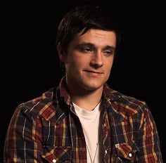Josh Hutcherson GIF. His facial expressions are absolutely perfect XD