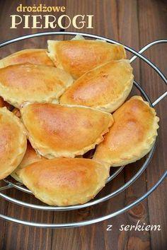 Pierogi drożdżowe z serem (na słodko) Dumplings, Cake Cookies, Pierogi, Crockpot, Food And Drink, Veggies, Cooking Recipes, Favorite Recipes, Bread