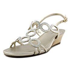 b1f3e62e6728e 453 Best Sandals images