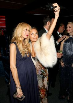 Nicole Richie and Rachel Zoe -- who's pregnant with her second child -- took a selfie at the Wallis Annenberg Center for the Performing Arts Inaugural Gala in Beverly Hills.
