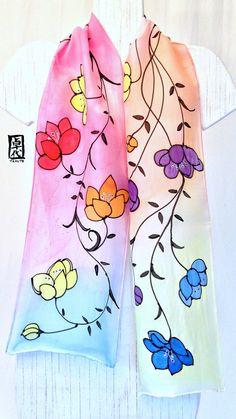 Silk Scarf Handpainted Multicolor Floral por SilkScarvesTakuyo