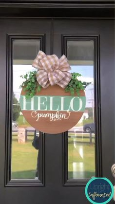 Diy Crafts For Home Decor, Crafts To Do, Fall Crafts, Holiday Crafts, Fall Craft Fairs, Craft Day, Fall Projects, Diy Door, Making Ideas