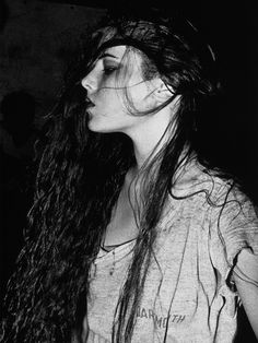 Photos of the New York party scene by Keizō Kitajima. Taken from his series NEW YORK 1981 - 1982