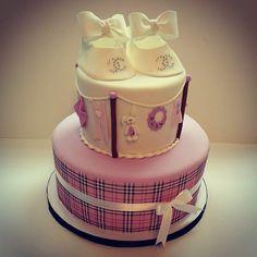 Burberry Chanel baby shower cake www.hellocakesbyvanessa.com