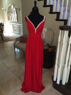 NWT JVN BY JOVANI RED PROM/PAGEANT/FORMAL DRESS/GOWN #20391 SIZE 4