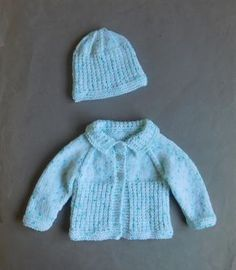 I know that many of you loved knitting my Danika baby jacket - but that quite a . : I know that many of you loved knitting my Danika baby jacket – but that quite a few of you found the stitch pattern more difficult than you… Baby Cardigan Knitting Pattern Free, Kids Knitting Patterns, Baby Sweater Patterns, Baby Hats Knitting, Free Knitting, Knitted Hats, Crochet Patterns, Knitted Blankets, Baby Patterns