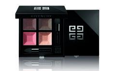 Le Prisme Quatuor teinte n°1 - Caresse de  Givenchy est là ! #givenchy #beauté #beauty #look  #maquillage #makeup #peau #shoot #studiophoto #luxe #prisme #quatuor