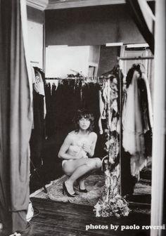 Milla Jovovich photographed by Paolo Roversi - Vogue Italia: October 2002 - Milla Jovovich