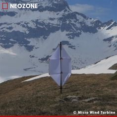 Micro Wind Turbine : l'éolienne miniature portative Savonius Wind Turbine, Building A Wind Turbine, Vertical Wind Turbine, Renewable Energy, Solar Energy, Solar Power, Wind Power Generator, Cool New Gadgets, Electrical Projects