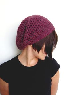 Women's bordeaux red slouchy beanie Crochet by HappyWoollies Slouch Beanie, Beanie Hats, Vienna, Bordeaux, Shops, Trending Outfits, Crochet, Awesome, Unique Jewelry