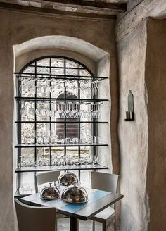 Great way to store wine glasses Oreade Ristorante - Monteverdi Tuscany