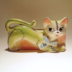 Vintage Cat Wall Hanging Planter Made in Japan by KitschKnack, $12.00