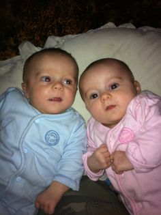 A good collection of articles, links, books, and other resources for and about twins and multiples. http://science.howstuffworks.com/life/genetic/twin9.htm