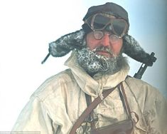 #История #факт   А вы знали, что последний сдавшийся германский солдат сделал это на острове #Шпицберген спустя 4 месяца после капитуляции Германии?    Человек на фотографии- лейтенант Wilhelm Dege, награжденный Железным Крестом. Он- последний немецкий военнослужащий, сдавшийся в плен спустя почти 4 месяца после капитуляции Германии.     Он и еще 11 человек были размещены на метеостанции на норвежском острове Шпицберген.     Дело в том, что с началом войны в 1939-м году Германия лишилась…
