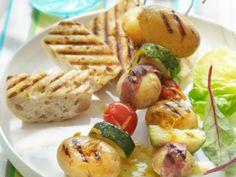 Spiesjes met nieuwe aardappelen - Libelle Lekker!