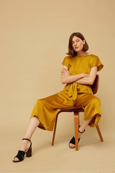 See the complete No. 6 Resort 2018 collection.