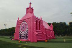 Roze Opblaasbare Kerk #RozeOpblaasbareKerk (www.Roze.OpblaasbareKerk.nl)