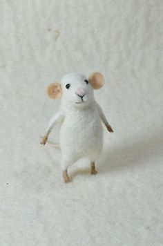 Felted mouse by Feltingdreams.