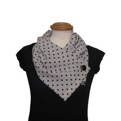 Get trendy with this Grey-Black chiffon scarf from Adi Bakshi's fashion scarves collection. This dotted chiffon pattern scarf gets secured with a detailed button, ensuring that you'll always get that perfect slouchy look for every wear.