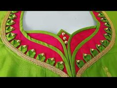 Lets learn how to stitch a very simple back neck design of a blouse. You all can try stitching the back blouse design by watching this video simultaneously. Latest Blouse Neck Designs, Churidhar Neck Designs, Simple Blouse Designs, Stylish Blouse Design, Dress Neck Designs, Hand Designs, Odd Molly, Diy Blouse, Saree Blouse