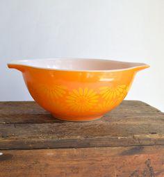 Pyrex Red Orange Friendship Mixing Bowl Friendship Pattern Small ...