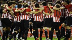 Athletic Club players celebrate victory after the UEFA Europa League semi-final second leg against Sporting Clube de Portugal