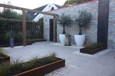 RB Tuinen | Onderhoudsvriendelijke tuin Backyard, Patio, Outdoor Living, Outdoor Decor, Sidewalk, Plants, House, Jfk, Gardening