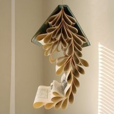 Book mobiles, would be great to hang from the high ceiling in our home library. Or in a school media center! <3