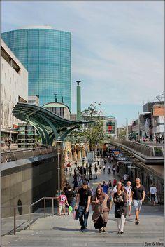 """de Koopgoot Rotterdam / the shopping """"gutter"""" in Rotterdam / la """"alcantarilla"""" comercial en Rotterdam, via Flickr."""
