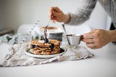 Maidoton ja sokeriton vahveliaamupala // Rosemary's
