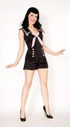 Navy, preto e rosa