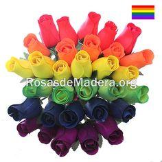 Ramo de  rosas en honor al #orgullogay, un bonito regalo para toda la vida. Demuestra tus sentimientos hacia la persona que más quieres. Bowser, Wooden Flowers, Gay Pride, Rose Bouquet, Bouquets, Feelings, Gift, Bonito, Life