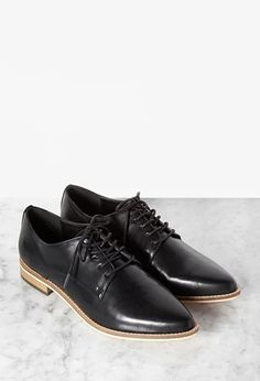 Faux Leather Pointed-Toe Oxfords   Forever 21   #stepitup