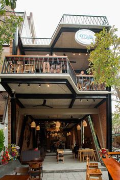 Gallery of MƯA Coffee Shop / 85 Design - 3 Restaurant Exterior Design, Design Exterior, Cafe Interior Design, Cafe Design, Outdoor Cafe, Outdoor Restaurant, Cafe Restaurant, Deco Cafe, Cafe Concept