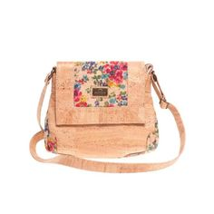 Vegan Cork Bag with Color Contrasting Details. Made in Portugal with Portuguese cork. Eco-friendly, durable and soft to the touch. Montado – Cork Fashion.